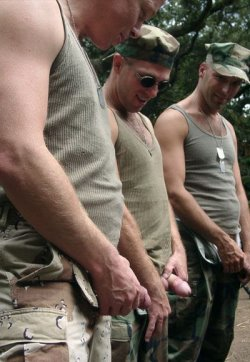 naked soldier pictures 16